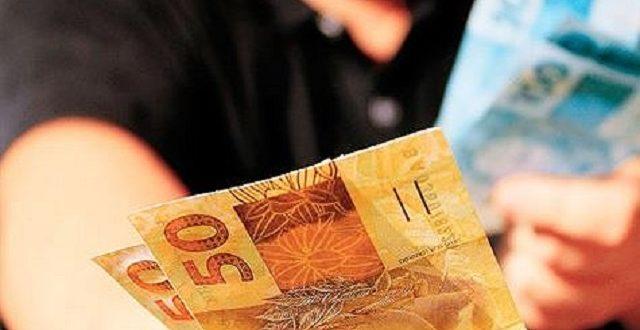 Maia quer votar versão 'light' de reforma que simplifica impostos