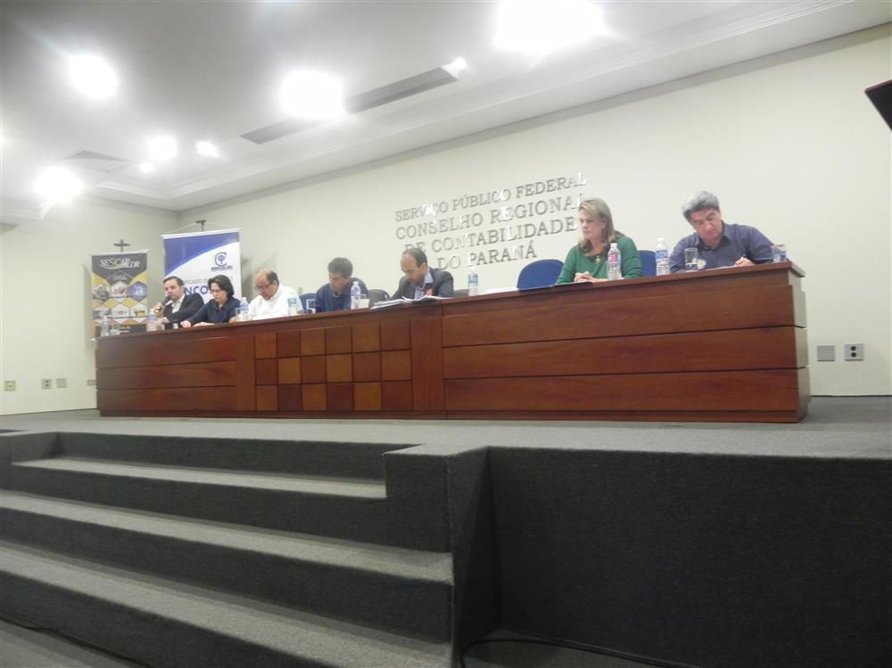 Debate com os candidatos à Prefeitura