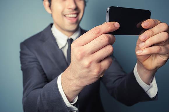 Selfie vira senha para cartão de crédito com uso de biometria